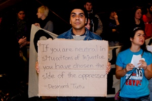 A US protester in support of the late, lamented Egyptian revolt. (photo courtesy of Sasha Kimel, published under a Creative Commons license)
